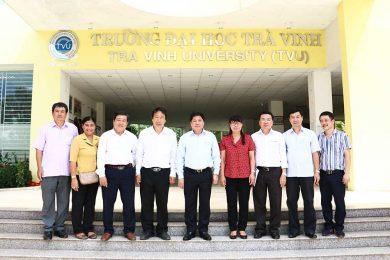 Thu-truong-NNPTNT